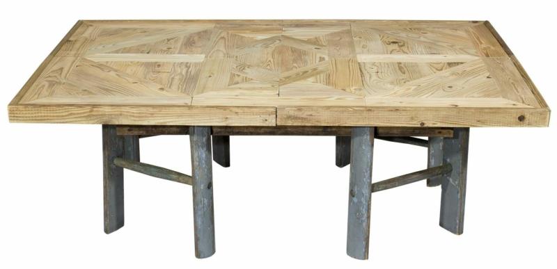 Apfelsteigen Tisch mit Leiterfüßen