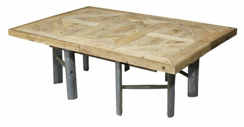 Holztisch mit Leiterfüßen