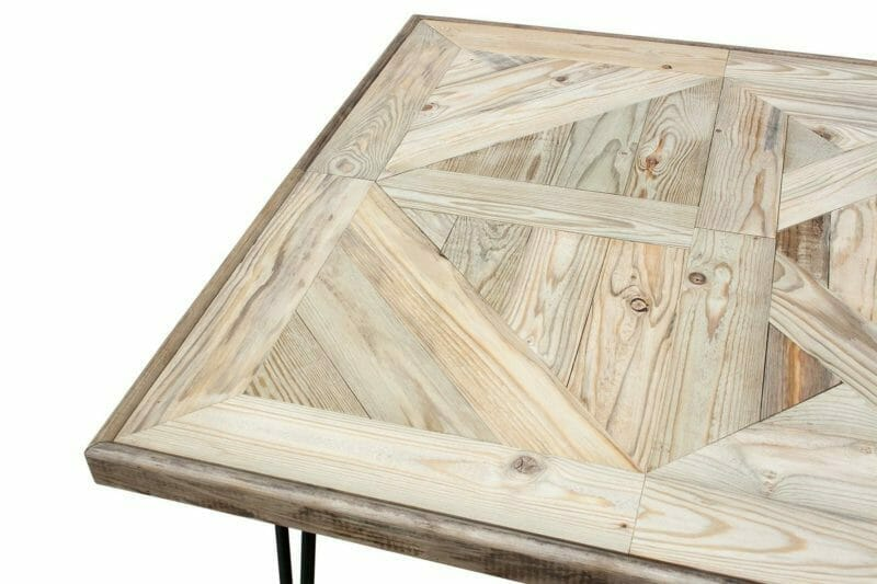 Hairpinlegs Tisch aus Holz