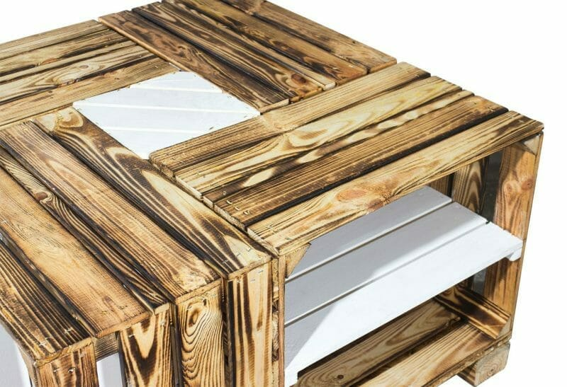 Apflekisten Tisch