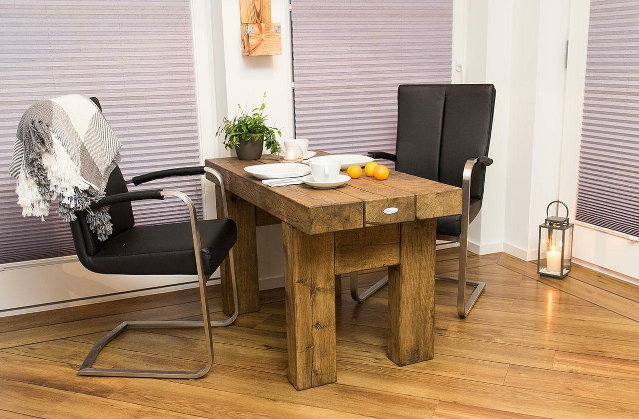 ᐅ Massiver Tisch aus Eichenholz - Esstisch | Vintage Möbel Shop