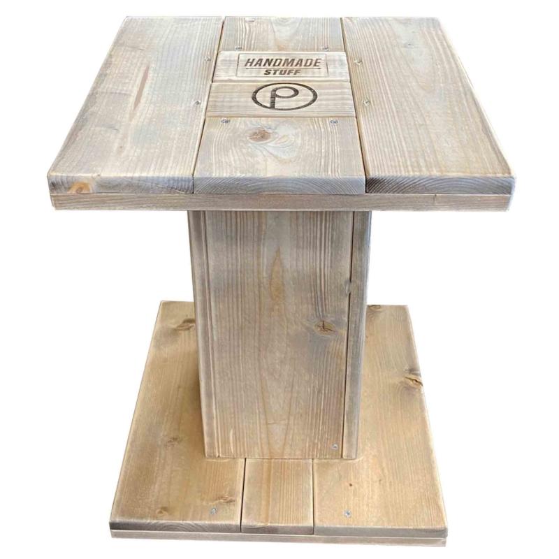 Beistelltisch aus Paletten-Tisch aus Europaletten 24