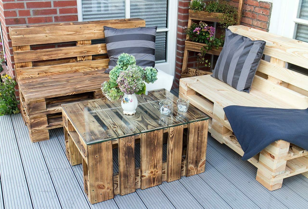 geflammte 2er sitzbank aus paletten bank palettenm bel shop. Black Bedroom Furniture Sets. Home Design Ideas
