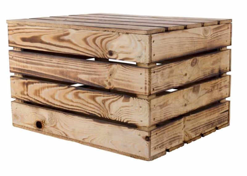 Holztruhe-geflammt