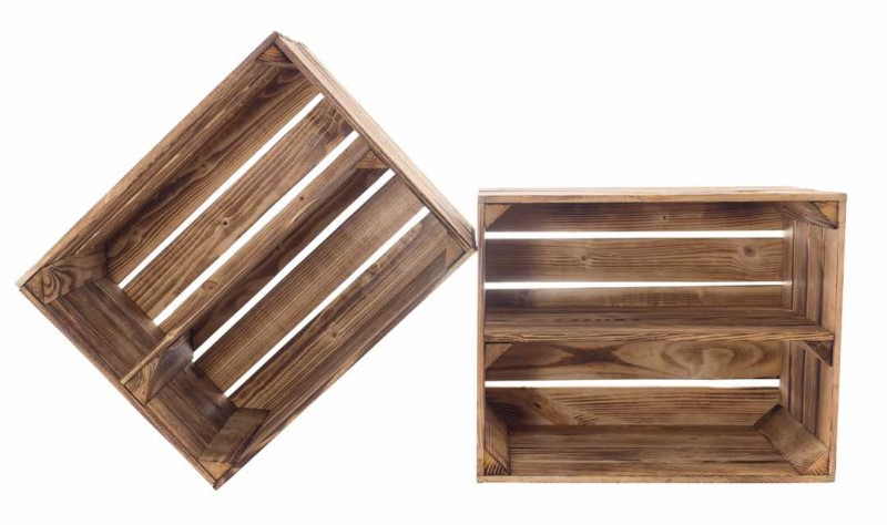 Geflammte Holzkisten mit Mittelbrett