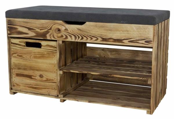 Holztruhe mit Sitzbank